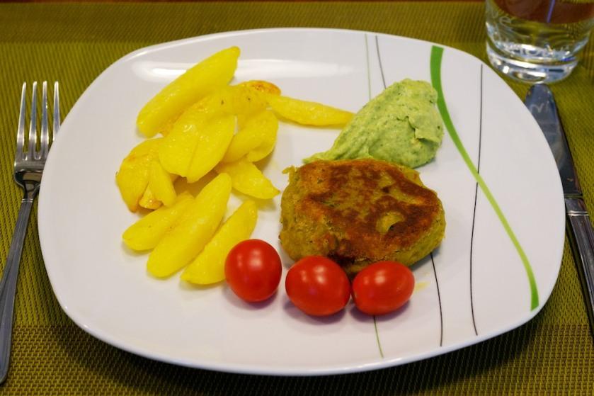 Falafel mit Avocado Hummus