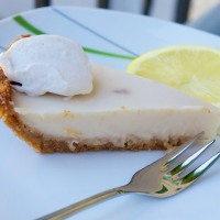"""Key Lime Pie"" aus dem Backbuch ""VEGAN PIE IN THE SKY"""