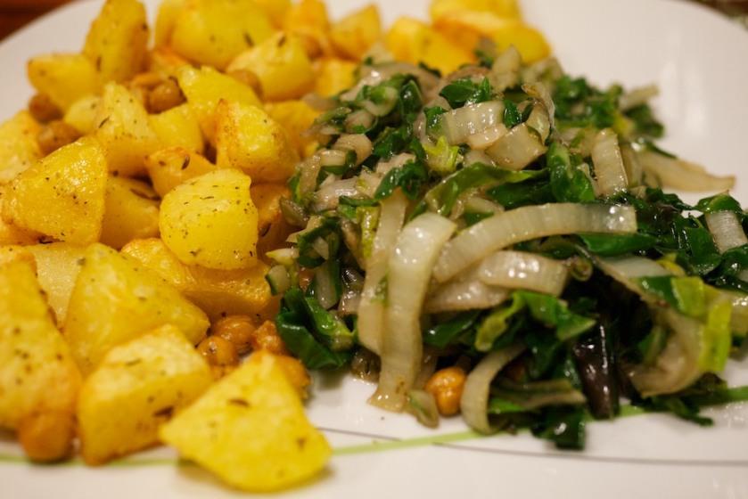 Knoblauch-Mangold mit kichernden Ofenkartoffeln (2)