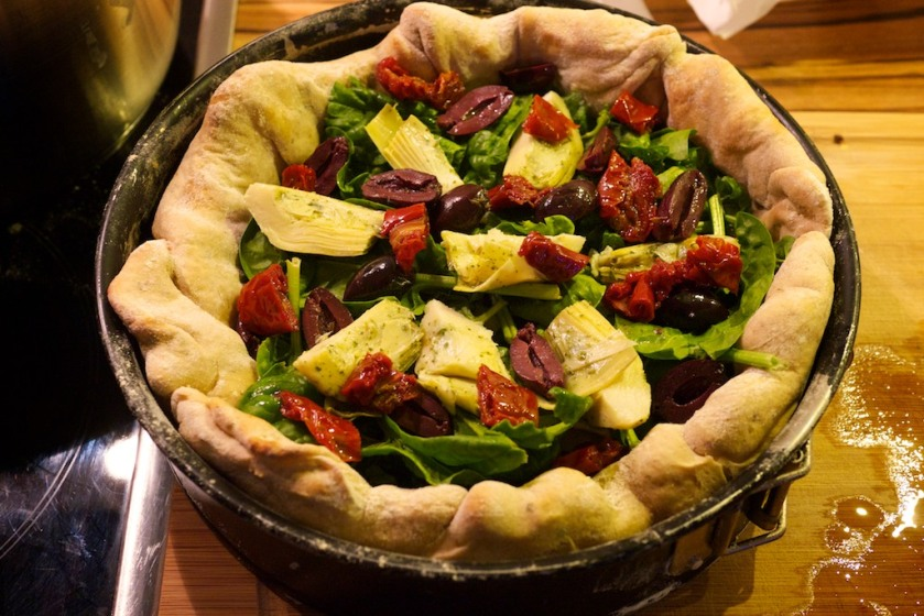 Mozzarella Mac Deep Dish Pizza (2)