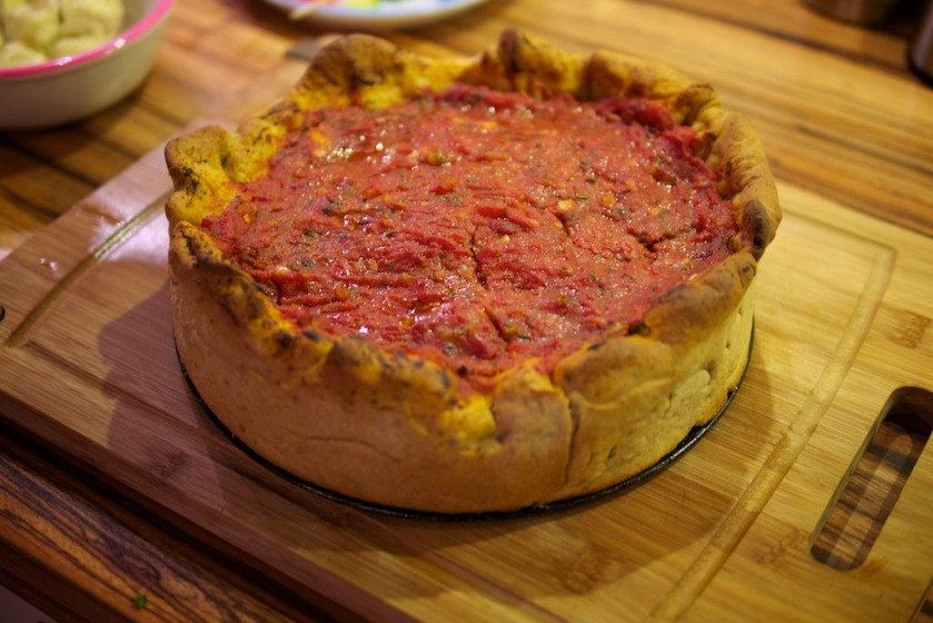 Mozzarella Mac Deep Dish Pizza (3)